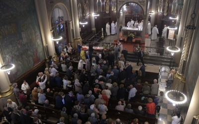 Imatge d'una missa a l'interior del Santuari de la Salut | Roger Benet