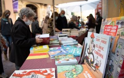 Una parada de llibres aquest Sant Jordi 2021 | Roger Benet