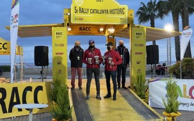 Giralt, recollint el trofeu | Rally Catalunya Històric