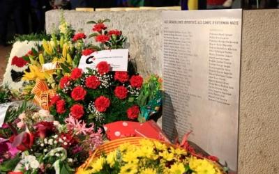 El nom d'Enric Tomàs Urpí es retirarà del monòlit en memòria dels deportats sabadellencs als campsnazis | Ajuntament de Sabadell