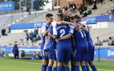 Pinya arlequinada després d'un dels gols | CES
