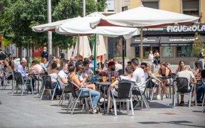Una terrassa al Passeig de la Plaça Major | Roger Benet