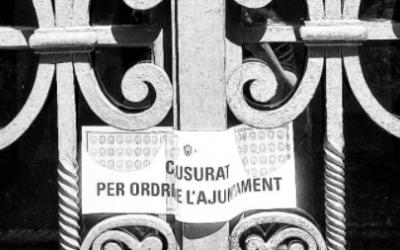 La porta clausurada del Teatre del Sol | Cedida