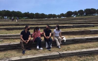 Carles de la Rosa, Marta Farrés, Arnau Solsona i Araceli Renom a l'espai en què es construirà la platea | Ràdio Sabadell