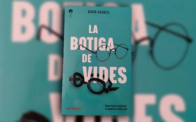 El jove escriptor sabadellenc AdriàAguacil, nominat al Premi Llibreter