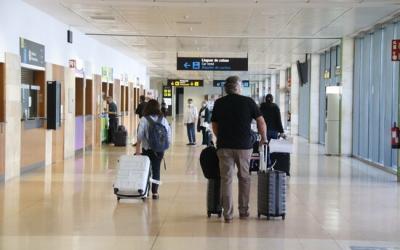 Viatgers a l'aeroport de Girona | ACN