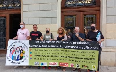 Membres de les entitats convocants de la manifestació a Sabadell/ Karen Madrid