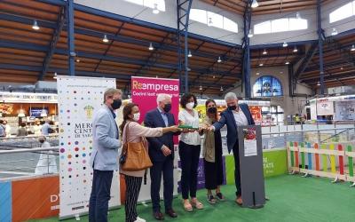 Representants de les diferents entitats vinculades al Reempresa, al Mercat Central/ Karen Madrid