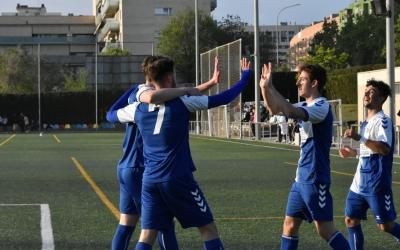 Els jugadors del Sabadell B celebren la golejada aconseguida fa uns mesos a Torre-Romeu | CES