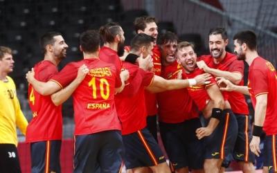 Gómez, felicitat pel seu gol 'in extremis' contra Noruega | RFEB