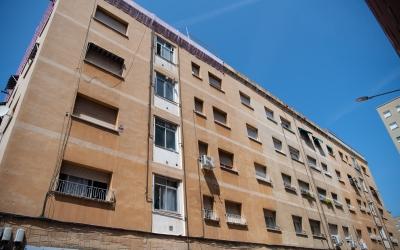 Exterior de l'edifici de Campoamor on es va trobar el cos sense vida de la víctima/ Roger Benet