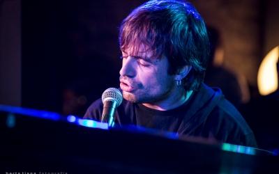Manu Guix actuarà a la Cava Urpí l'1 d'octubre i el 14 de gener   Berta Tiana