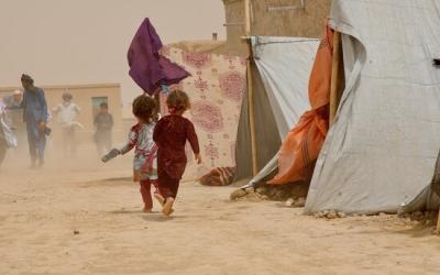 Dos nens, al nord de l'Afganistan, el 9 de juliol   UNHCR