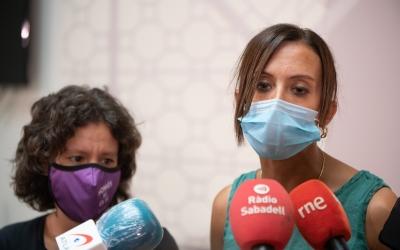 Marta Morell i Marta Farrés, atenent els mitjans de comunicació aquest diumenge | Roger Benet