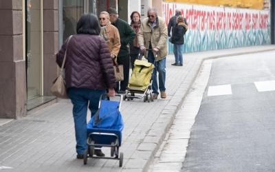 Sabadellencs comprant per la Via Massagué | Roger Benet