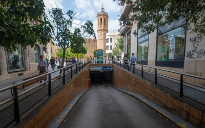 Entrada de l'aparcament per la Casa Duran/ Roger Benet