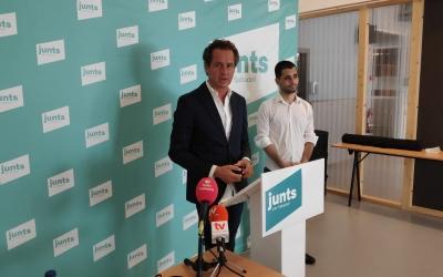 Lluís Matas i Esteve Monllor presentant la moció | Pau Duran