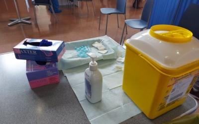 Material per a la vacunció/ Karen Madrid
