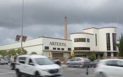 Exterior de l'Artèxtil/ Roger Benet