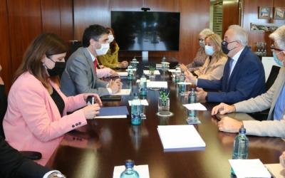 Reunió del vicepresident Jordi Puigneró i la consellera Gemma Geis amb el rector de la UAB, Javier Lafuente | ACN